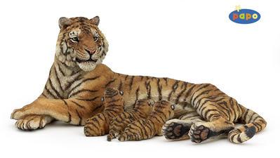 Obrázok Ležící tygřice + 3 mláďata