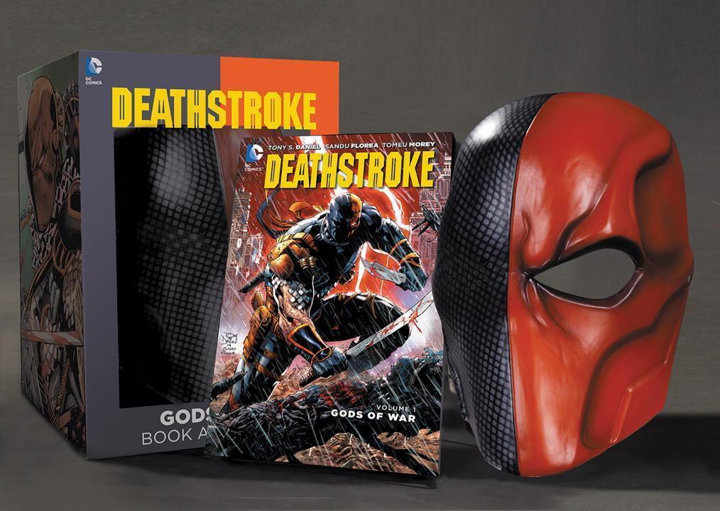 Deathstroke Vol. 01 Book & Mask Set - Tony Daniel