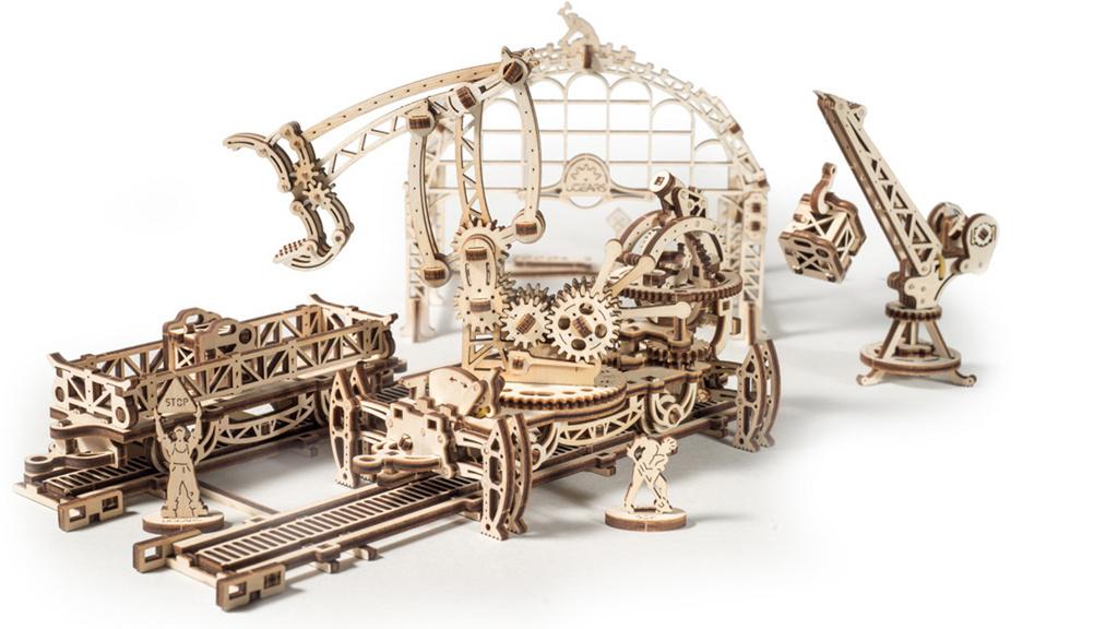 Dřevěný mechanický model Kolejový jeřáb